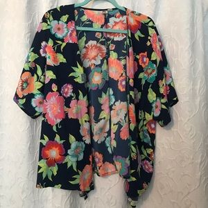 Cute comfy and flowy Roxy Kimono-cover Up